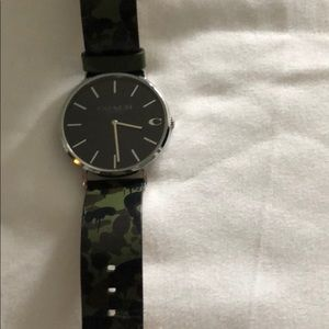 COACH Watch used